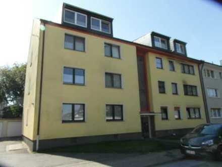 Schöne 3-Zimmer-Wohnung mit Balkon und PKW-Stellplatz!