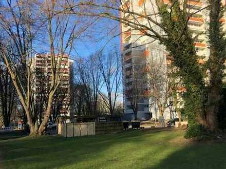 Frisch sanierte 3 Zimmer Wohnung im 7.OG in Freiburg-Landwasser