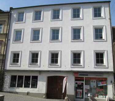 Altbau am Stadtplatz - für Werkswohnung / Mitarbeiterwohnungen