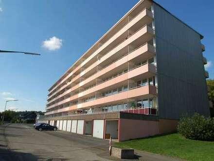 Reserviert!!Hi- Dahlbruch: Neu renovierte 3 ZKB-Wohnungen mit großem sonnigem Balkon!