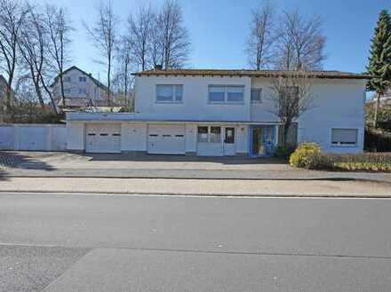 Einfamilienhaus mit Werkstatt, Waschhalle + 3 Einzelgaragen im Gewerbegebiet von Radevormwald
