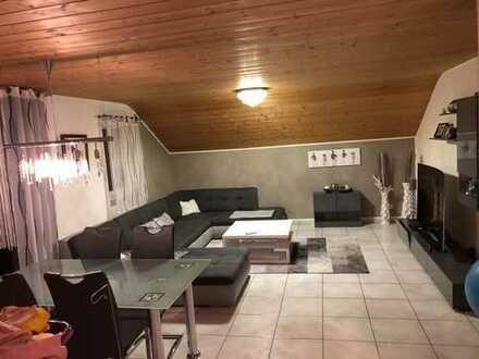 Hochwertige 4-Zimmer Wohnung mit 2x Balkon inkl. Stellplatz