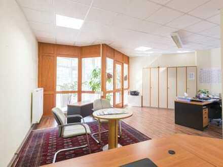 Attraktive Büro-/Ladenräume in frequentierter Lage von Neustadt!