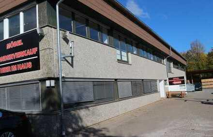 Schöne Büro/Lager etc in 75392 Deckenpfronn mit Aufzug, 7x Büro auf Wunsch sep. anmietbar