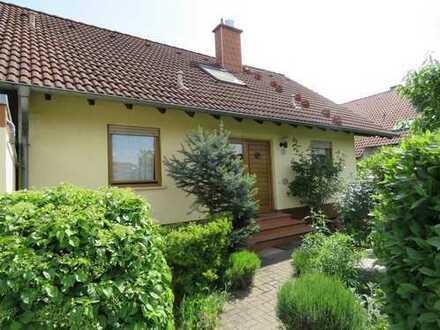 Freistehendes Einfamilienhaus in Feldrandlage von LU-Ruchheim