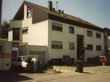 Gepflegte Duplexhälfte (unten) in Außengarage zu vermieten