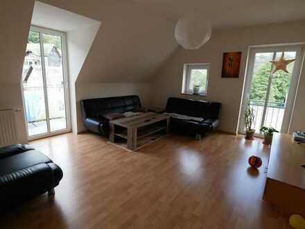 Helle 3-Zimmer-Wohnung mit EBK und Balkon im Zentrum der Stadt Steinach