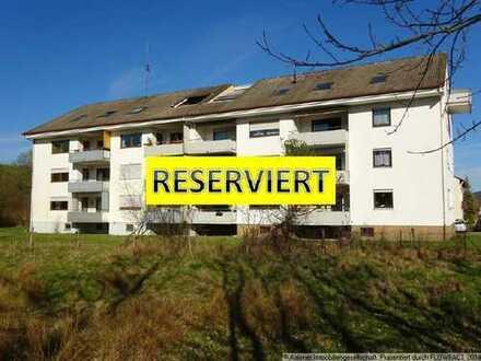 RESERVIERT! Gepflegte 4-Zimmer-Wohnung mit Balkon in Aalen-Hofherrnweiler