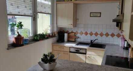 Gepflegte 3,5-Raum-Wohnung mit Balkon und Einbauküche in Balingen-Frommern