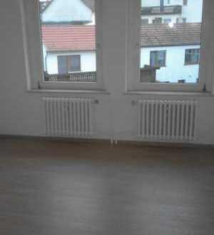 Vollständig renovierte 3-Zimmer-Wohnung mit Kleingarten in Eschwege Niederhone
