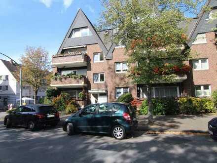 Großzügige Eigentumswohnung im Hochparterre mit Balkon und Terrasse