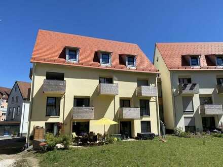 NEUBAU - 3-Zimmer-Maisonetten-Wohnung mit Balkon und Aufzug im Zentrum von Isny