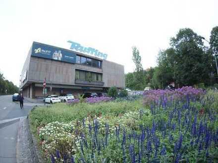 NK-City Geschäftsgebäude mit 2 Tiefgaragen für Projektentwickler und Kapitalanleger