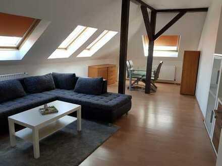Helle Dachgeschosswohnung - Erstbezug nach Sanierung