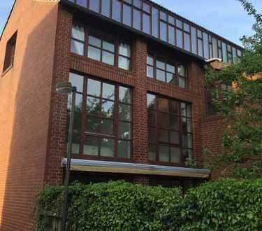Exklusives ruhiges Doppelhaus TOP Lage Langenhagen mit kleinem Garten
