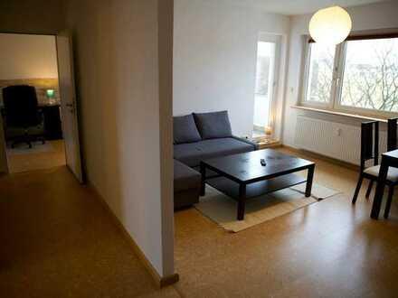 Schöne 3-Zimmer-Wohnung mit Balkon, Einbauküche, Keller - (möbliert)