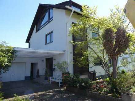 Außergewöhnliches Haus in bester Wohnlage in Otterstadt/Nähe Speyer - möbliert/unmöbliert - von pr.