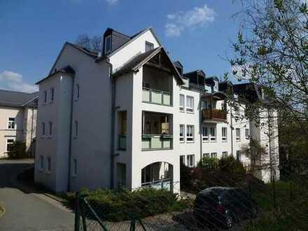 2-Zimmer im Zentrum mit Einbauküche und Balkon