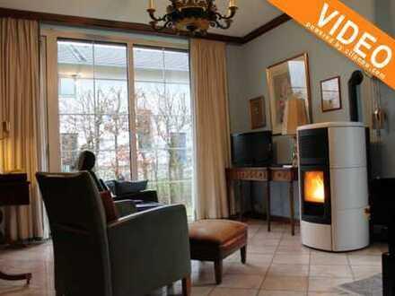 Villa + EFH + großes Grundstück mit weiterer Bebauungsoption