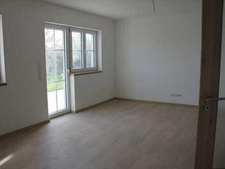 Erstbezug mit 40qm Terrasse : Schöne 3-Zimmer-EG-Wohnung in Marktoberdorf