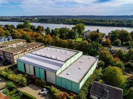 Moderne Gewerbehalle mit Bürokomplex in Eltville