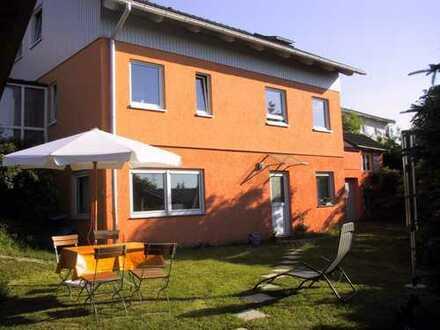 Single-ELW mit Gartenteil ideal für 1 Pendler/in Student/in