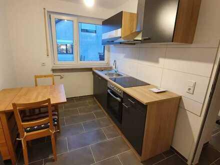 Sanierte teilmöblierte 1Zimmer-Wohnung mit Balkon & separater Küche / auf Anfrage auch vollmöbliert