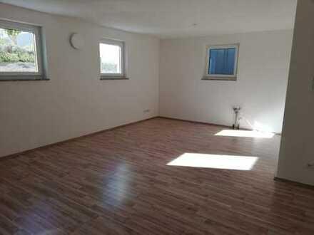 Ansprechende 1-Zimmer-Wohnung mit gehobener Innenausstattung zur Miete in Postbauer-Heng
