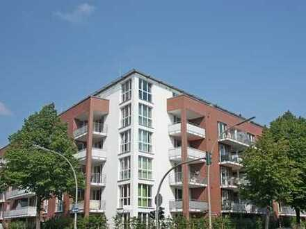 Neuwertige 4 Zimmer Wohnung mit Südwestbalkon in Eilbek