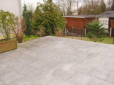 Singlewohnung mit eigener Terrasse!