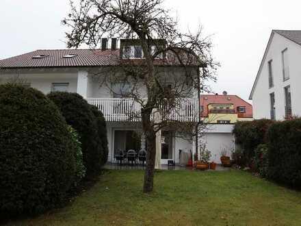 Doppelhaushälfte in Nürnberg-Laufamholz