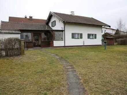 Einfamilienhaus mit fünf Zimmern in Obertaufkirchen mit genehmigter Bauvoranfrage