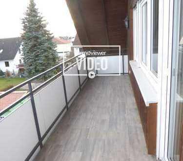 Top - Sanierte kuschlige Dachgeschosswohnung in einem gepflegten 3-Familienhaus - fertig zum Einzug