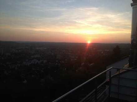 Moderne Lifestyle-Villa in exklusiver Panorama- Aussichtslage nahe alter Golfplatz in Leonberg