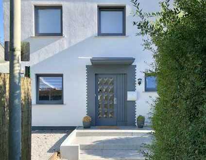 Modernisiertes, helles, ruhig gelegenes Haus mit 4 Zimmern, Balkon und Garten in Ennepetal