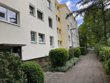 Renovierte 4-Zimmerwohnung mit Balkon in Hannover-Bothfeld