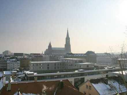 Ulm – Hochwertig renovierte 2-Zi.-Whg. mit Blick aufs Ulmer Münster…