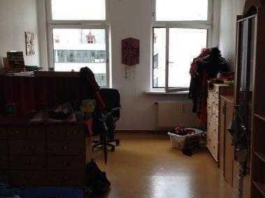 Geräumiges 20qm Zimmer in zentraler Lage