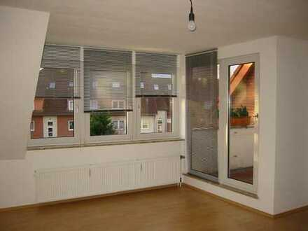 4 - 4,5-Zimmer - Maisonette-Wohnung mit Dachloggia in Alt-Wettbergen