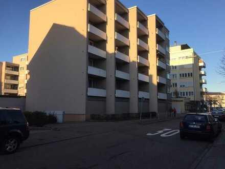 1 Zi Appartement in stadtzentraler Lage ca. 40 m² inkl. Keller und TG-Stellplatz