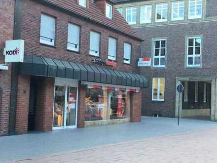Preiswerte, modernisierte 4-Zimmer-Wohnung mit Balkon und EBK in Ahaus