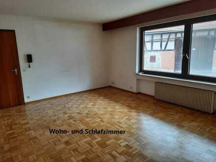 gepflegte 1-Zimmer-Wohnung mit EBK in Weissach im Tal Rems-Murr-Kreis