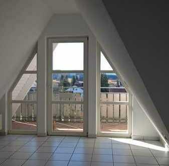 Vollständig renovierte 3-Zi-DG-Wohnung mit Loggia und EBK in Bisingen