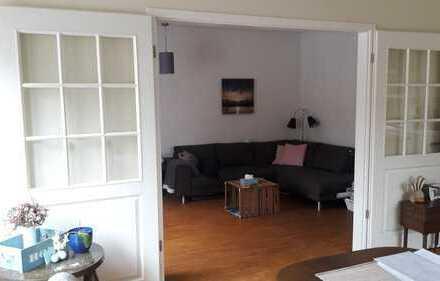 Helle, großzügige drei Zimmer Wohnung in Hamburg, Othmarschen