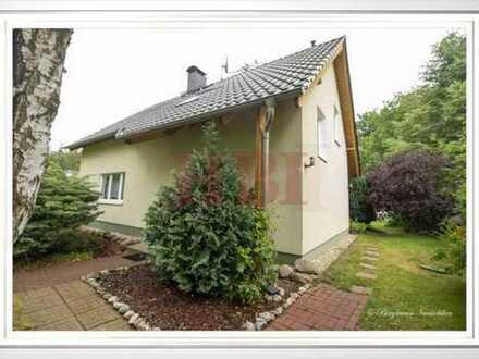 Einfamilienhaus inklusive Wintergarten, Terrasse und Nebengelass in Waldrandlage von Nassenheide!