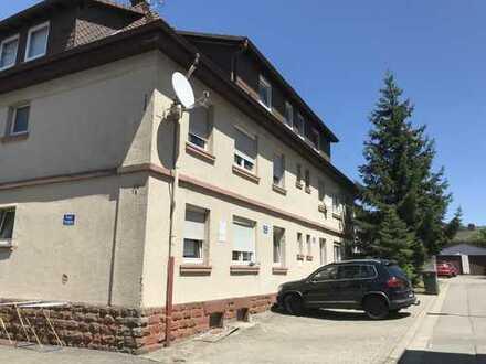 Schöne zwei Zimmer Dachgeschosswohnung in Kaiserslautern (Kreis), Bruchmühlbach-Miesau