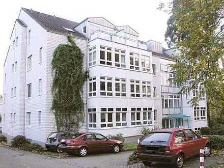 Helle seniorengerechte 2- Zimmer- Wohnung mit EBK, Barrierefrei!