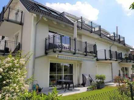 WALDPERLACH - Schicke Garten-Wohnung - NEUBAU - Fußbodenheizung, 2 Bäder, exclusive EBK, Hobbyräume