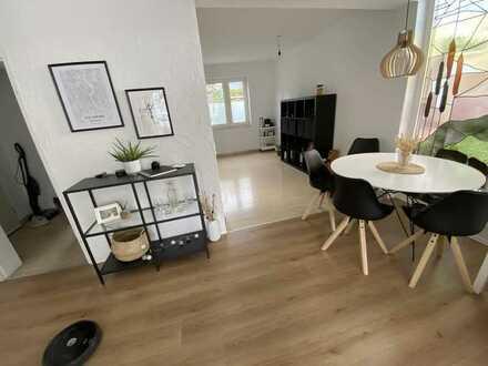 Helle Wohnung mit großer Terrasse in ruhiger Lage