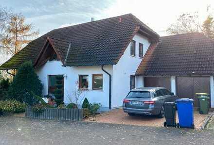 1.775 €, 195 m², 13 Zimmer